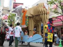 """吉祥寺でのパレードを終えた""""パレード版象のはな子""""の今は…(^^)"""