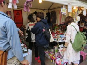 おもちゃ市場4
