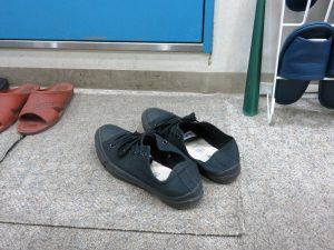 Saigenji氏のハードコアなファンにはたまらない、靴ショット