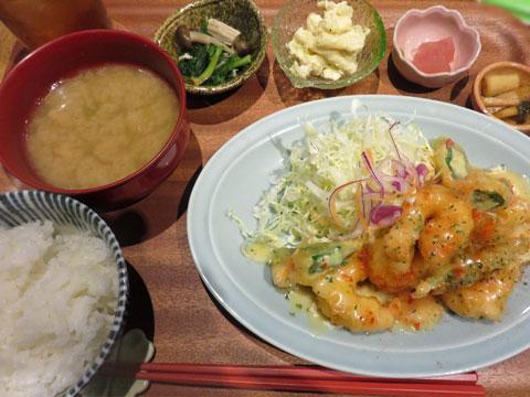 【ランチレポート】もりもり食べられる定食屋さん「もがめ食堂」